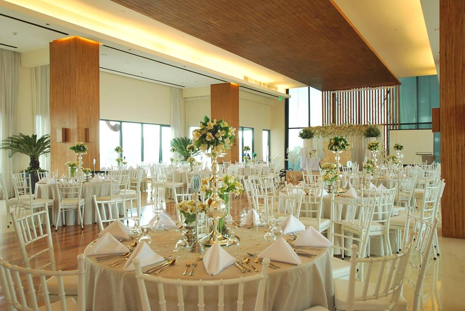 Summer Weddings Are Great at City Garden Grand Hotels City