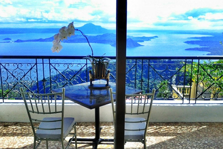 The Finest in Tagaytay Weddings: Villa Ibarra