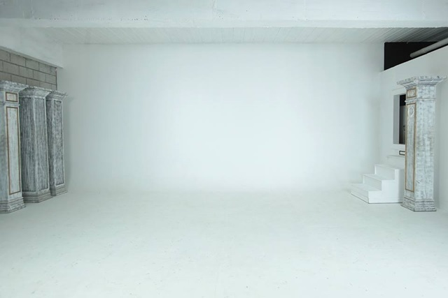 studio namu white background
