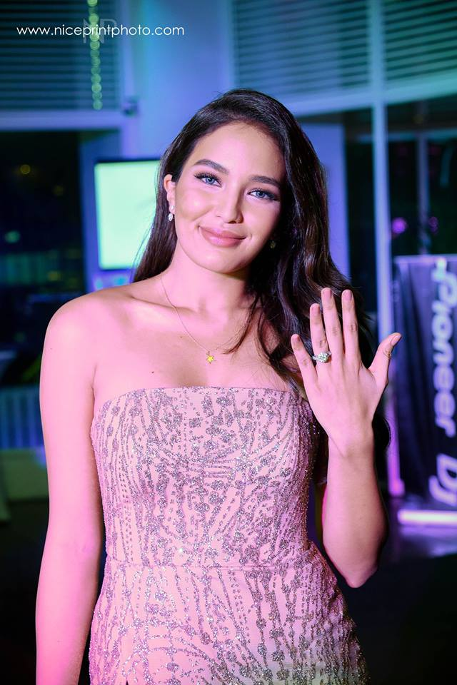 sarah lahbati engagement ring