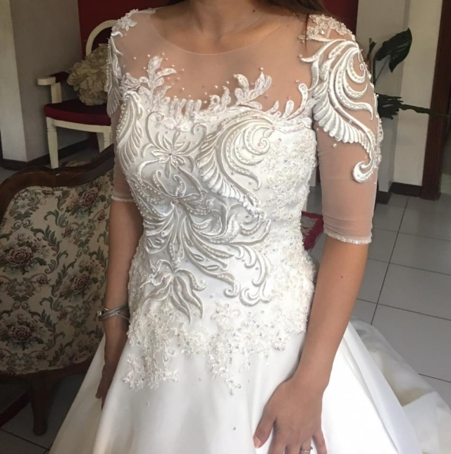 new creation fashion bridal gown details