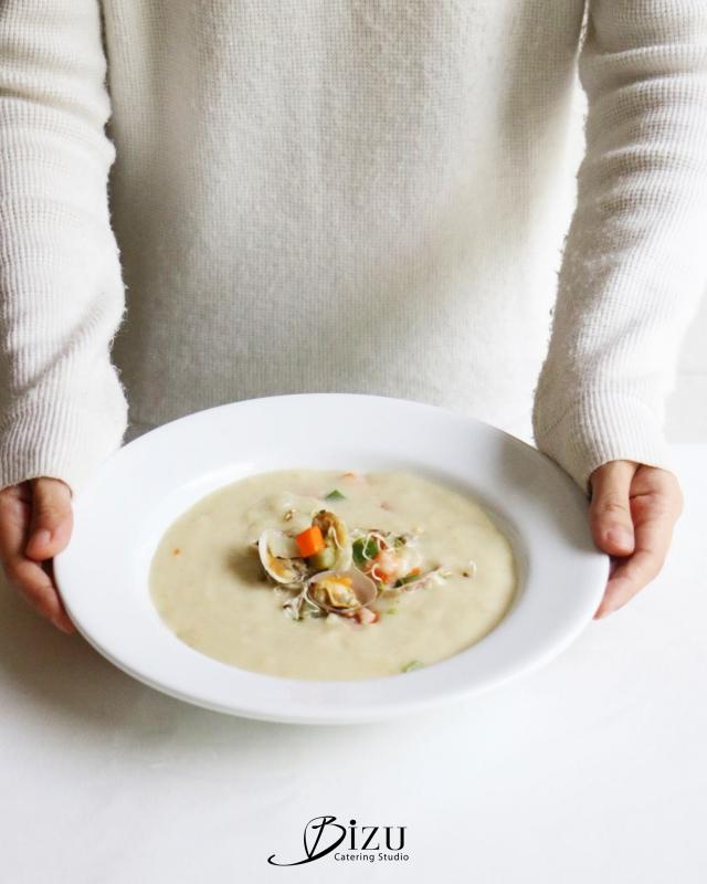 clam chowder bizu catering studio