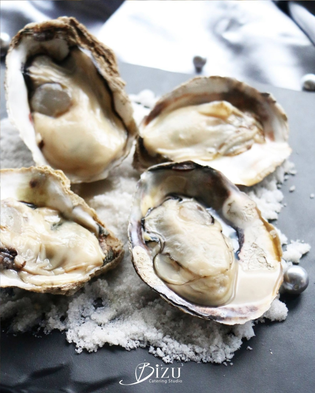 oysters with fleur de sel bizu catering studio