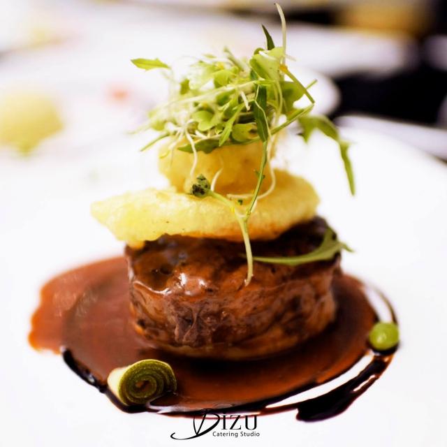 prime beef tenderloin steak bizu catering studio