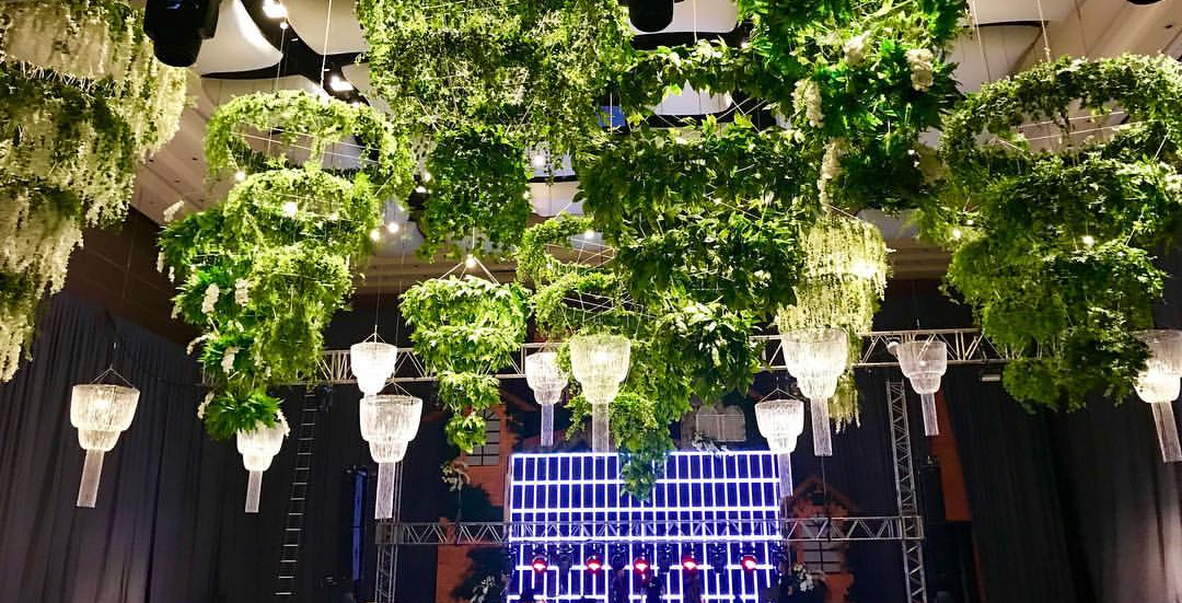 max collins wedding hanging garden henry pascual