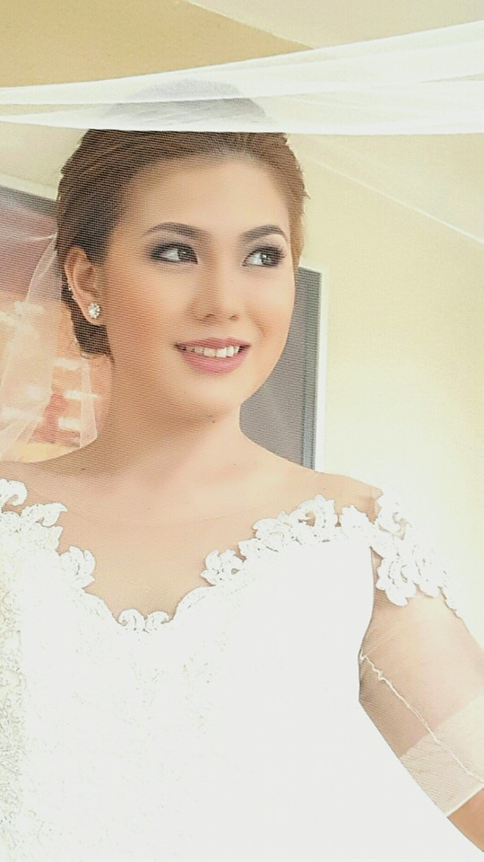 bridal look by lindsay lin