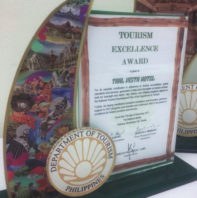 taal vista hotel dot award