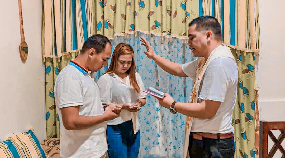 Monica & Eric's Covid-19 Civil Wedding in Isabela
