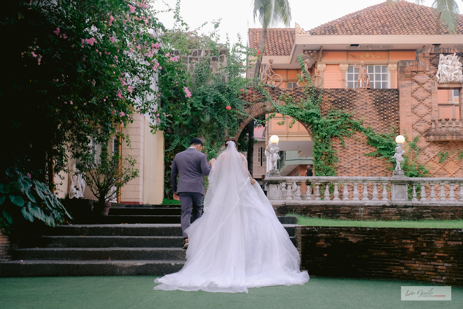 Jansen & Jean's Intimate Wedding. Captured by Smart Shot Studio.